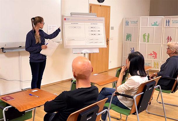 Для претендентов на ПМЖ в Чехии сняли серию обучающих видео